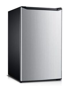 4.4 Cubic Foot Fridge, NO FREEZER