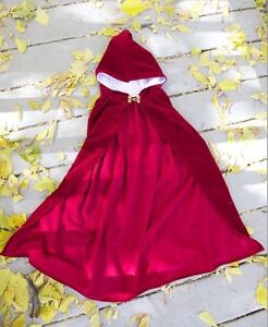 Red cape (adult or child large)