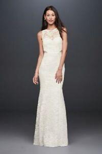 Modern, chic trumpet style wedding dress - tags still on