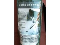 Outdoor camping stool foldable in carry case