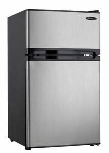 wanted a mini fridge with separate freezer $100