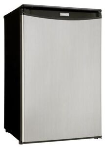 4.4 CF. SMALL STAINLESS STEEL FRIDGE  6 MONTHS OLD.