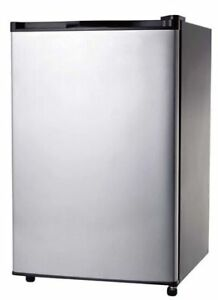 CLEARANCE SALE ON BRAND NEW REFRIGERATORS (7.2 CU FT,10.2 CU FT)