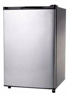 RCA 3.2 cu. ft. Refrigerator Stainless Steel