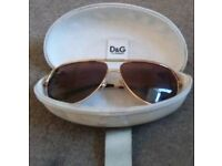Unisex D + G sunglasses
