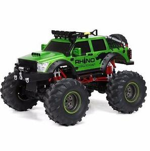 NEW BRIGHT F/F 9.6V 4x4 RHINO EXPEDITIONS RC VEHICLE (1:12 Scale)