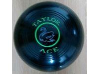 Taylor Ace size 4 lawn Bowls