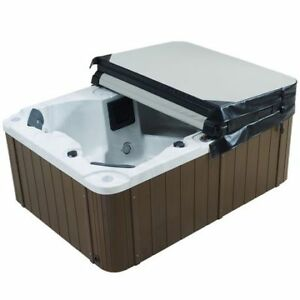 MAAX 780 collection hot tub with build in speaker system