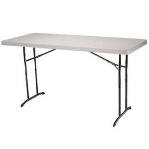 Commercial 2 four ft lifetime brand resin folding tables