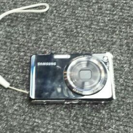Samsung PL150 Digital Camera