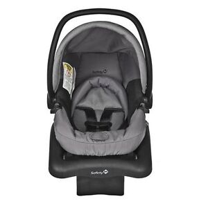 Infant car seat Safety 1st for $75