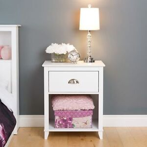 LOOKING  FOR A NIGHT TABLE