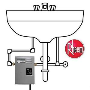 NEW RHEEM TANKLESS WATER HEATER ECOSENSE ELECTRIC 1.37 GPM POINT OF USE 9KW 240 VOLT PLUMBING  82597812