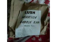 LUSH SUNNY SIDE BUBBLE BAR