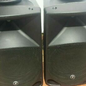 Mackie thump 15inch active speakers 1000 wats each