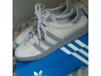 Adidas bermuda size 5.5 never worn brand new