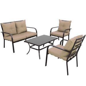 Like New - Outdoor patio set - 2 chairs, 1 love seat, 1 table