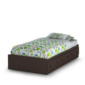 """Twin (single) Bed with mattress """"Brand new condition"""""""