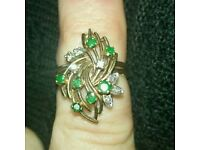Diamond and Emerald 18ct gold ring. Stunning original design