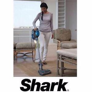 USED SHARK ROCKET VACUUM HV300C Shark® Rocket™ Ultra-Light Upright Vacuum Cleaner  floor care cleaning  82747412