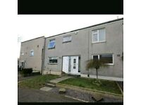 **DSS CONSIDERED - 3 BEDROOM FAMILY HOME WITH DINNING ROOM ** SMALL DEPOSIT