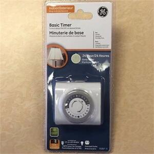 NEW, GE Indoor Plug-In 24 Hour Mechanical Timer Model 15267- White