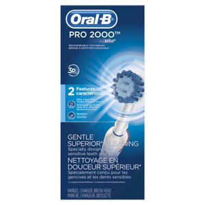 Brand new Oral B Pro 2000  Electric Toothbrush Clearance !!!!