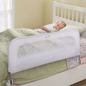 Crib/bed, mattress, barrier, sheets - the entire set!