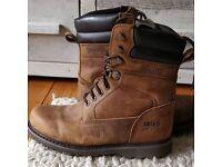 Leathr boots
