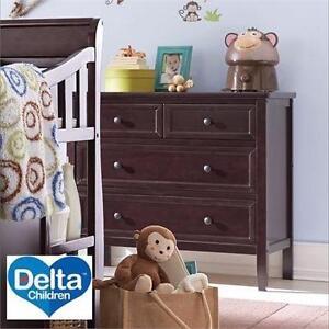 NEW DELTA 3 DRAWER DRESSER   DARK CHERRY ESPRESSO - CHILDREN - KID'S - BEDROOM - FURNITURE  84508931