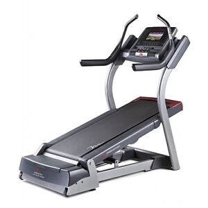 Freemotion 7.9 Commercial Incline Trainer - Floor Model Blowout