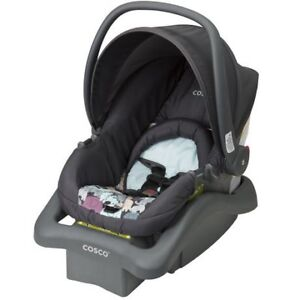 2x NewBorn Car Seats