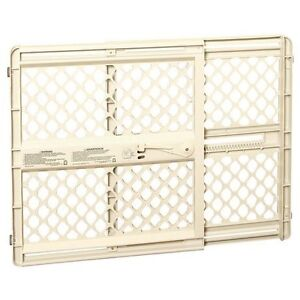 baby gate, new includes hardware
