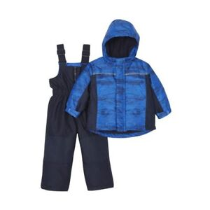 Brand new snow suit size 3T with tags attached