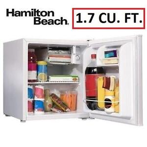NEW* HB 1.7 CU. FT. COMPACT FRIDGE WHITE - FRIDGE - HAMILTON BEACH 97386796
