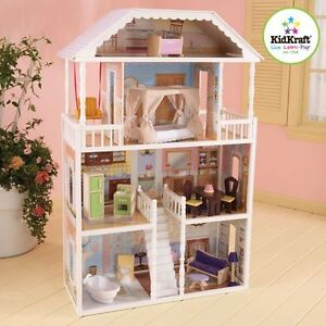 maison de poupees meublees en bois/ wooden doll house furnished