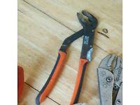Waterpump pliers