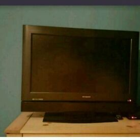 "Polaroid 32"" tv for sale."