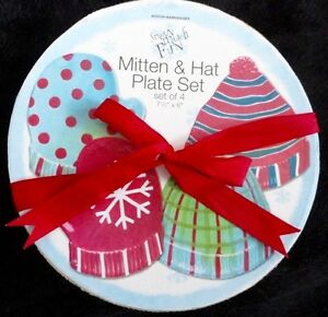 HATS & MITTS PLATE SET - New in box