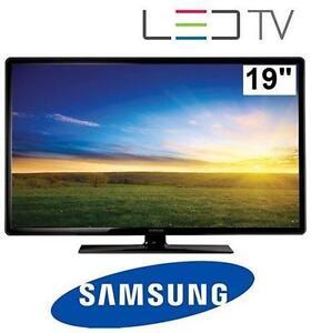 """SAMSUNG 19"""" 720P LED TV"""