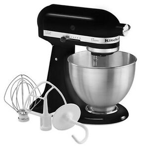 Black kitchen aid mixer