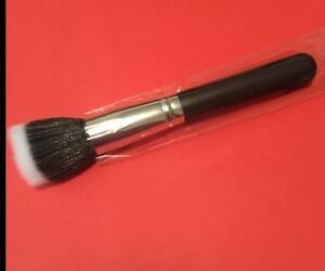 187 DUO FIBRE STIPPLING FOUNDATION/POWDER BRUSH 16cm thick brush hair