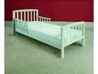 Kinder valley white Toddler Bed. With free mattress. Brand new. 2 left in stock only.