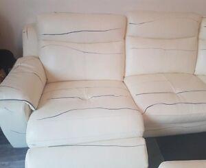 Canapé cuir blanc relax -1600$
