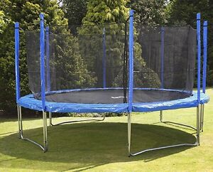 12ft Trampoline with enclosure...