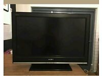 "32 "" Sony LCD tv HD ready with build in freeview."
