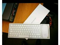 Apple Keyboard 2 and Magic Mouse