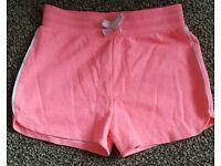 Girls shorts 4 - 5