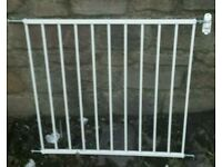 SAFETY GATE WITH FITTING S