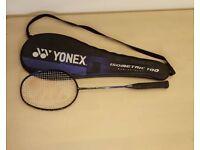 Yonex isometric 100 badminton racket
